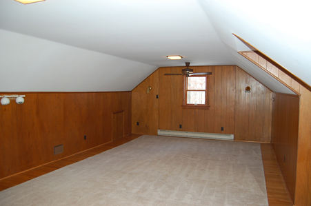 6 Large 4th Bedroom
